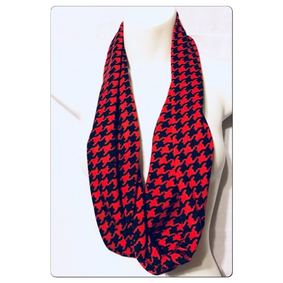Accessories - Red and Black Houndstooth Infinity Scarf